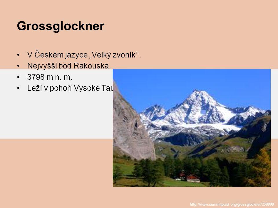 """Grossglockner V Českém jazyce """"Velký zvoník''. Nejvyšší bod Rakouska. 3798 m n. m. Leží v pohoří Vysoké Taury. http://www.summitpost.org/grossglockner"""