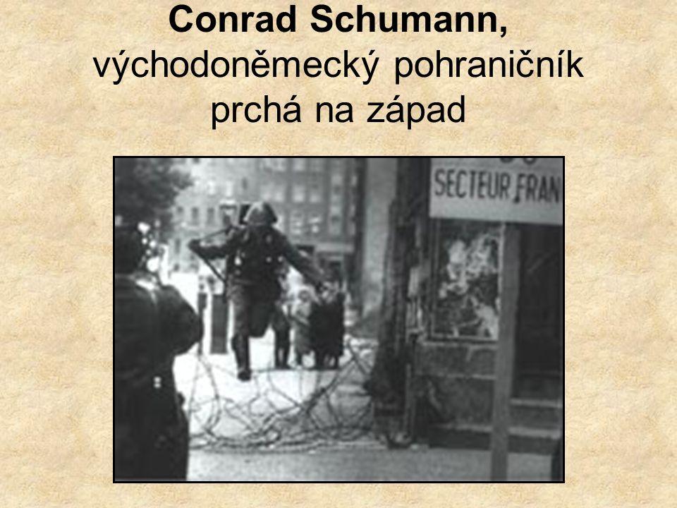 1961 - 1989 Útěky z Berlína- V roce 1961 se ještě stovkám uprchlíků podařilo za velmi dramatických okolností uprchnout přes zeď do Západního Berlína.