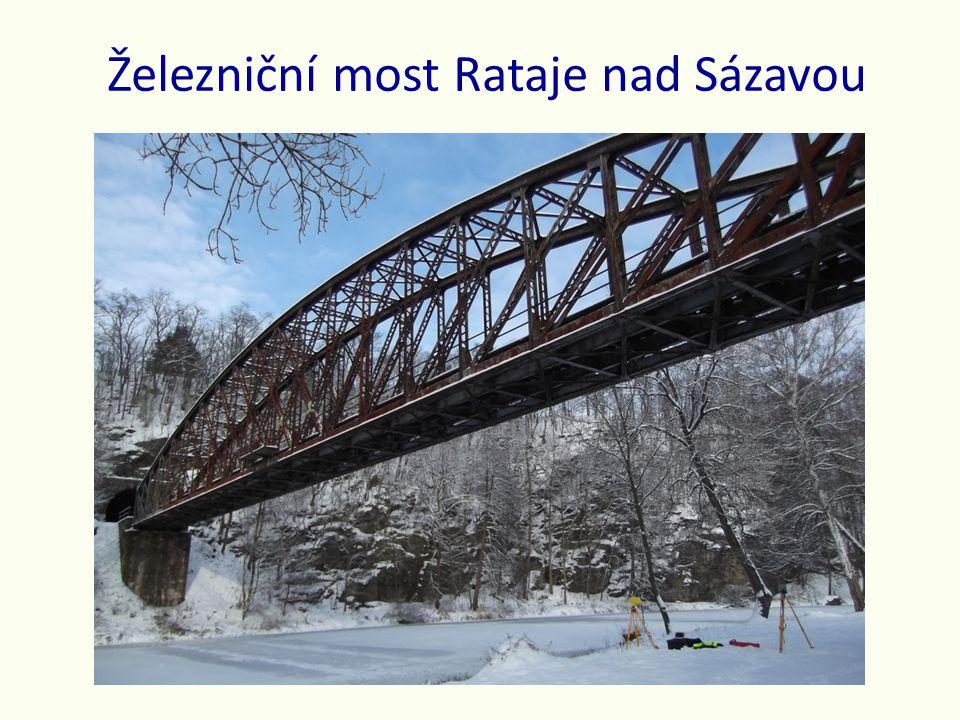 Železniční most Rataje nad Sázavou