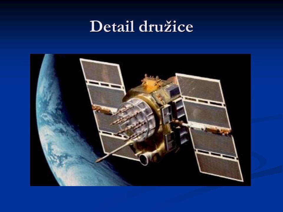 Detail družice
