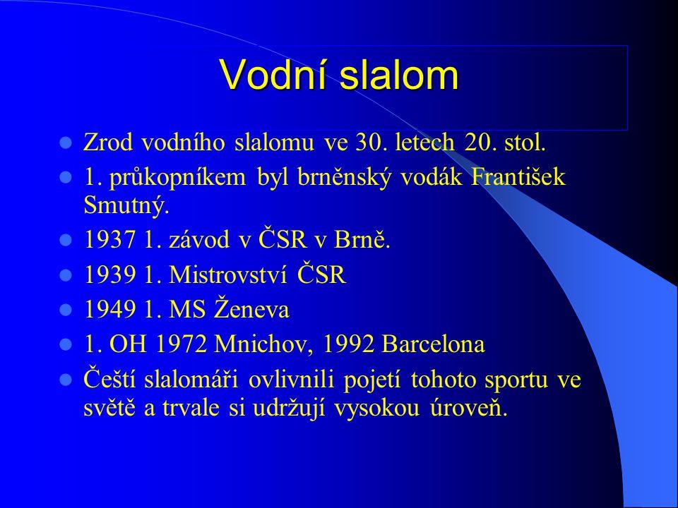 """Historii rychlostní kanoistiky je možno rozdělit na tři období:  1936-1958: """"ZLATÁ ÉRA - OH: Berlín, Londýn, Helsinky, Melbourne - získané medaile: 6 zlatých, 3 stříbrné, 1 bronzová - MS: Waxholm, Kodaň, Macon, Praha - získané medaile: 6 zlatých, 8 stříbrných, 8 bronzových - Brzák-Felix, Syrovátko, Mottl, Škrdland, Karlík, Čapek, Holeček, Pavlisová, Zvolánková, Kudrna atd."""