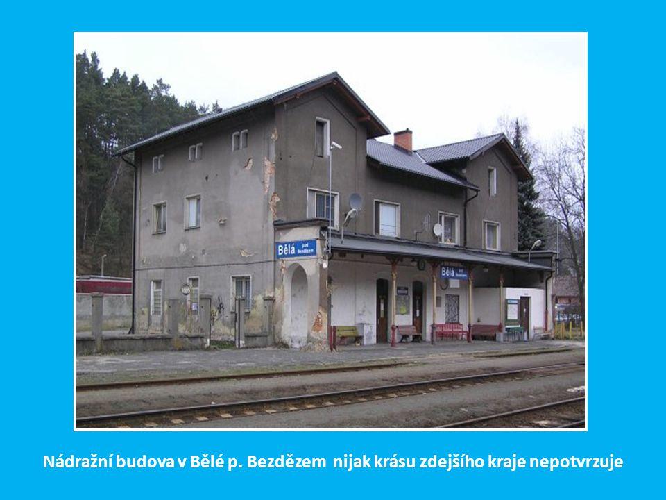 Impozantní příhradový most ve Vilémově u Šluknova přes údolí Vilémovského potoka.