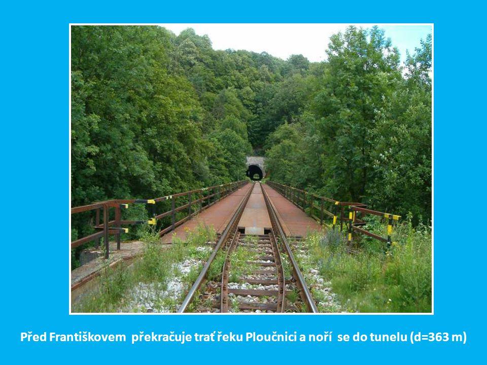 Vracíme se do Benešova n. Ploučnicí odkud se začala v r. 1871 stavět třetí hlavní trasa České Severní dráhy do České Lípy
