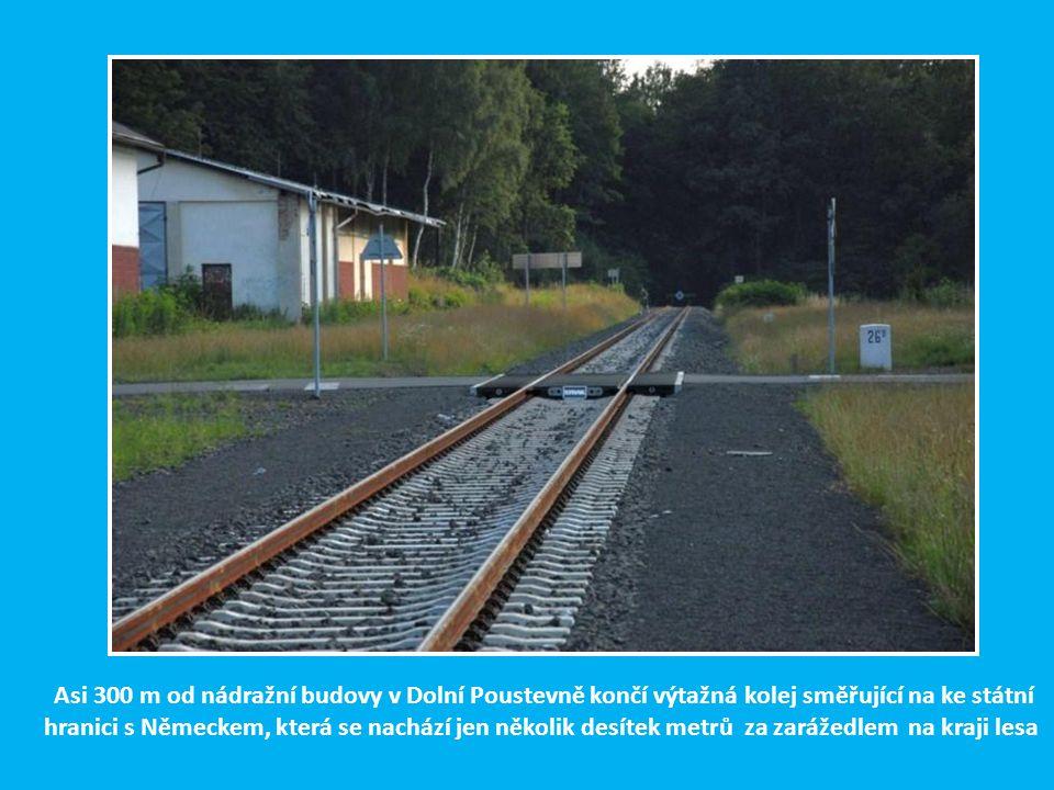 Do pohraniční stanice Dolní Poustevna bylo možno se dostat v r. 1902 po kolejích z Rumburka i přes žel. stanici Panský. Do Panského pak byla ve stejné