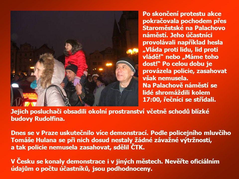 Václavské náměstí – pochod Prahou