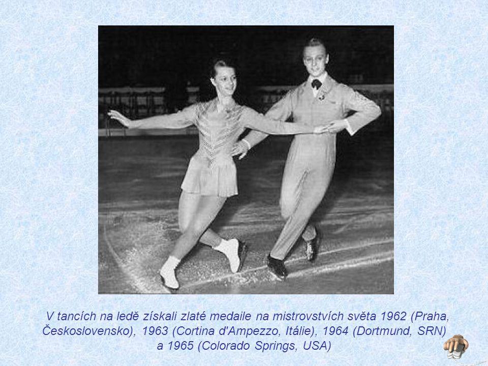 Při udílení cen deseti nejlepším čs.sportovcům 1964 měla Eva v sádře levou nohu a prsteník pravé ruky