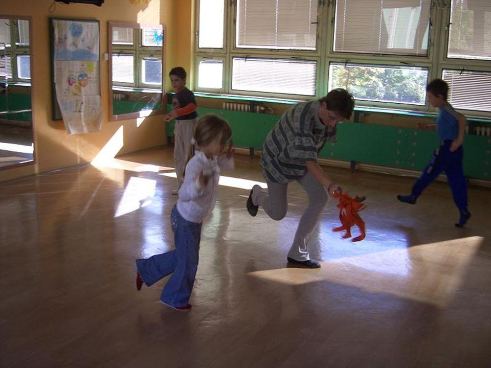 Letní tábor •Již přes deset let pořádá naše škola letní dětské tábory.