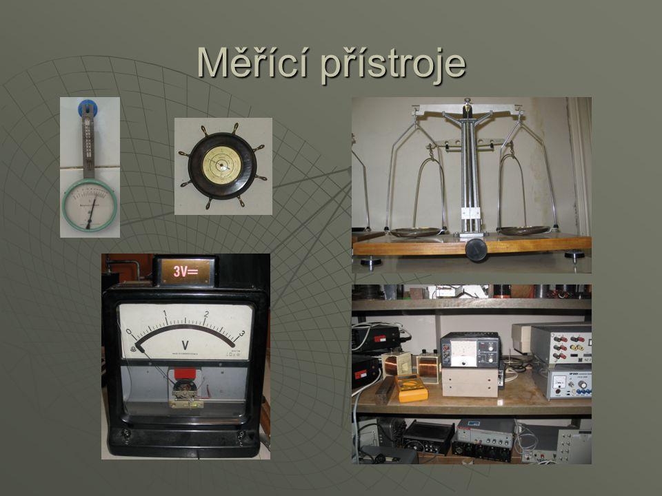Fyzikální seminář  V oktávě nebo ve 4.