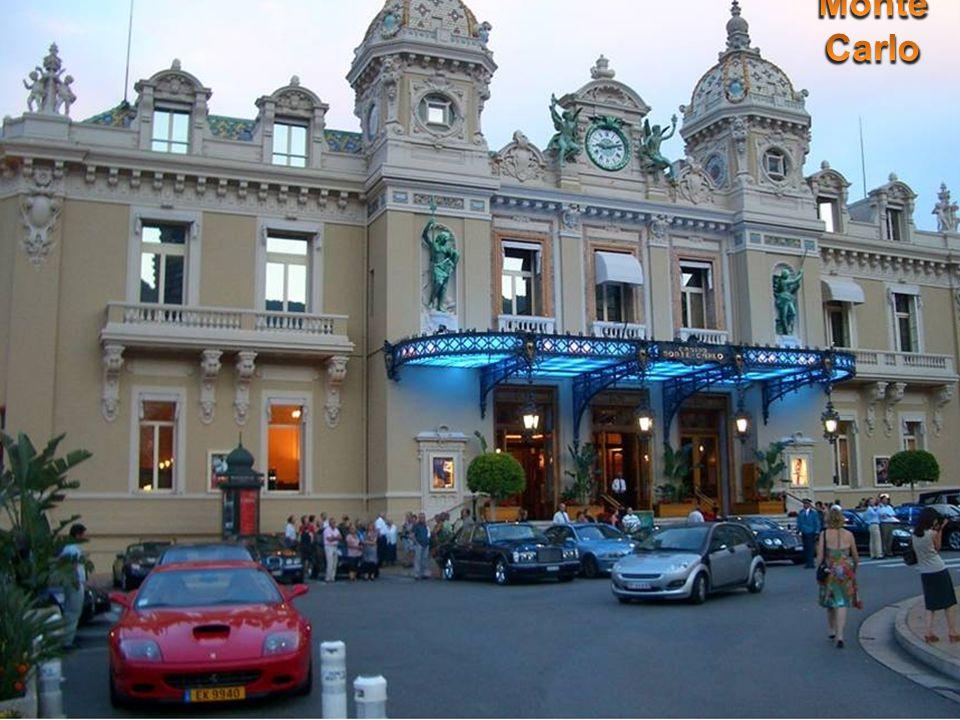 V r.2005 ratifikovaly obě strany úmluvu s doložkou, která umožňuje, aby na trůn Monaka mohla nastoupít i zástupkyně ženské linie.