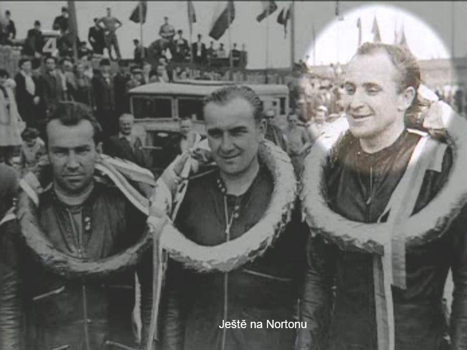 Po válce byly péráky na příděl, František tedy začínal závodit na starém DKW Svého prvního závodu se zúčastnil na jaře 1947 na motocyklu DKW pod jméne