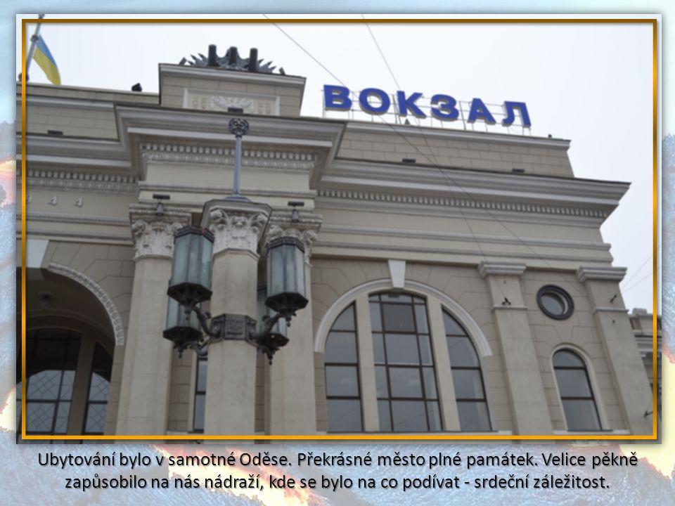Třešničkou bylo podívat se na operační středisko, kde by se odpalovaly samotné rakety - příkazem z Moskvy. To se odehrávalo 45 m pod povrchem země.