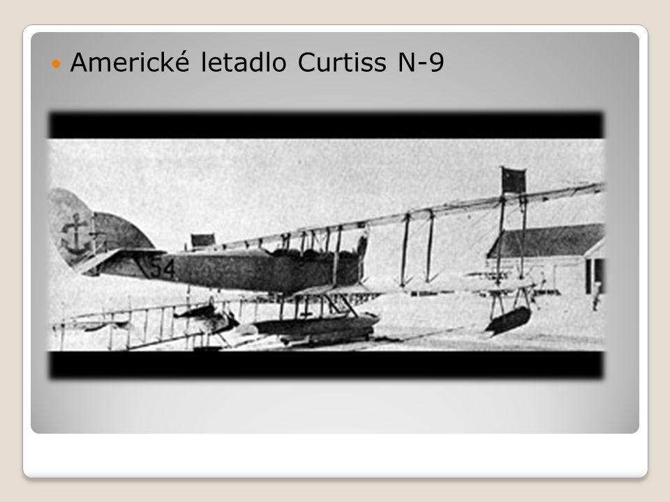  Americké letadlo Curtiss N-9