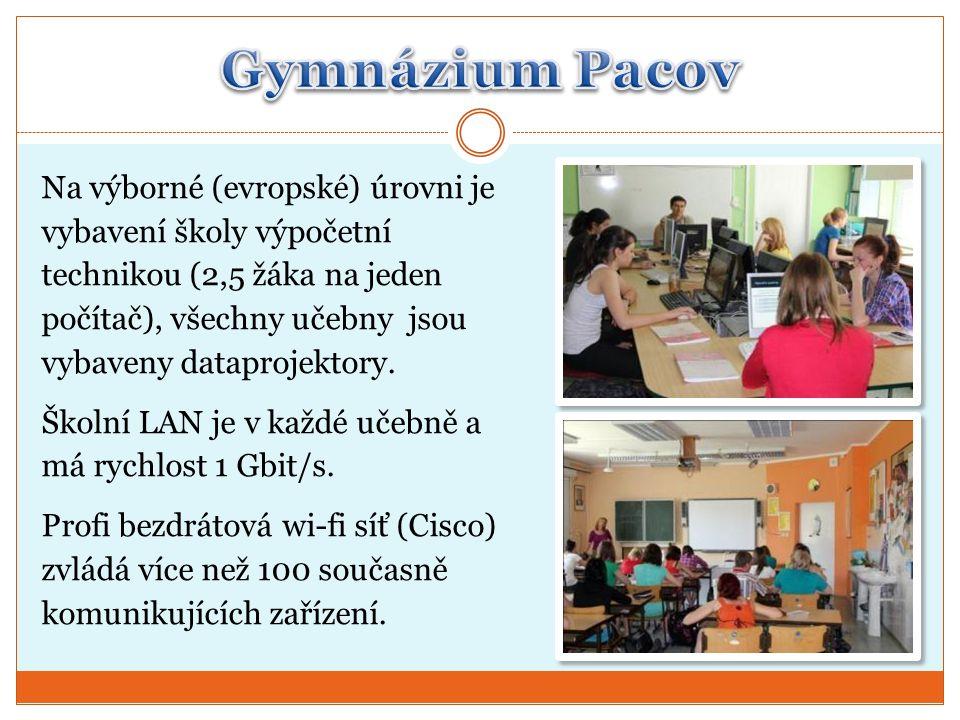 Na výborné (evropské) úrovni je vybavení školy výpočetní technikou (2,5 žáka na jeden počítač), všechny učebny jsou vybaveny dataprojektory.