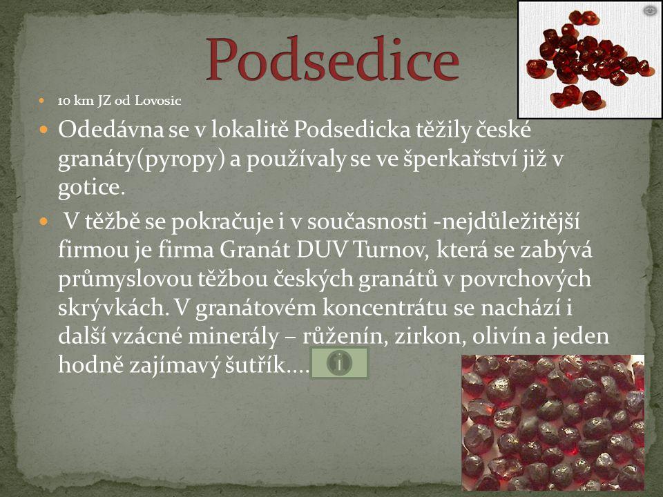 """ """"Dlažkovický diamant (4,13 x 2,63mm; 0,0573 g) nalezený roku 1869 v Podsedicích je uložen v mineralogických sbírkách Národního muzea v Praze, stejně jako druhý diamant z Třebenicka (objeven r."""