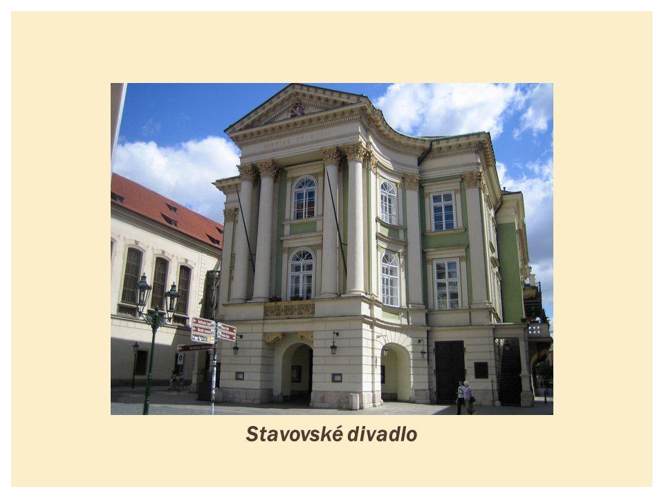  Divadlo v Praze, postavené z prken  otevřené 8.