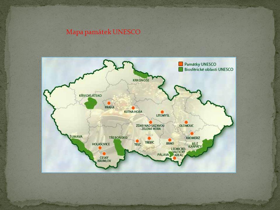 Jihočeská vesnice Holašovice, zapsaná na seznamu památek UNESCO, je nejlépe zachovaným příkladem jihočeské architektury 2.