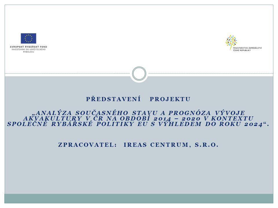 Cíle projektu Cíl projektu: Zpracovat komplexní materiál, který na základě analýzy současného stavu a při zohlednění dosavadního vývoje rybářského odvětví v České republice poskytne:  kvalifikovanou předpověď dalšího vývoje ve dvou navazujících etapách (střednědobý výhled – programovací období 2014 -2020, dlouhodobý výhled do roku 2024);  soubor základních strategických doporučení, zohledňujících východiska a principy nové Společné rybářské politiky a Evropského námořního a rybářského fondu (EMFF)