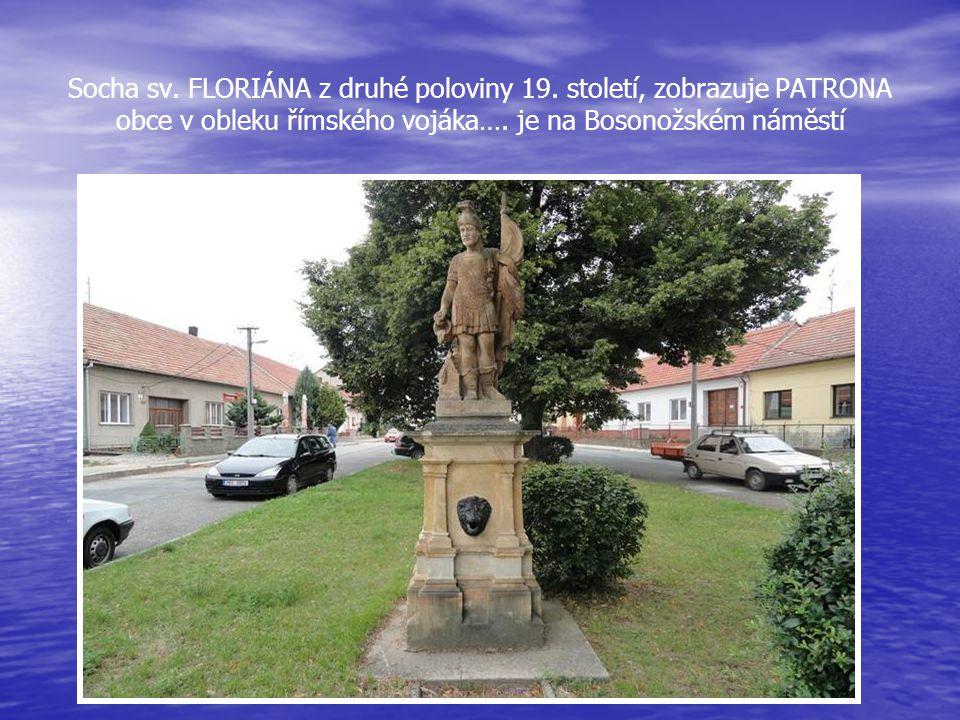 Budova-dům na Bosonožském nám. 61, dříve KLÁŠTER cisterciáček, patřící pod panství Tišnovské a Klášter PORTA COELI