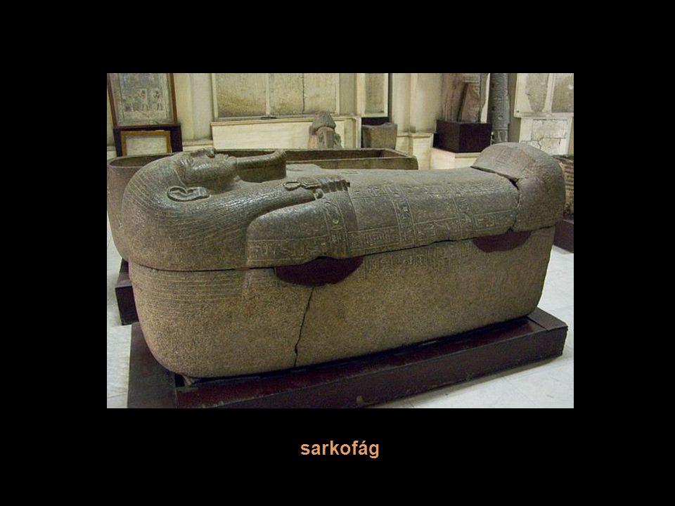 Sarkofág - kamenná schránka k uložení rakve