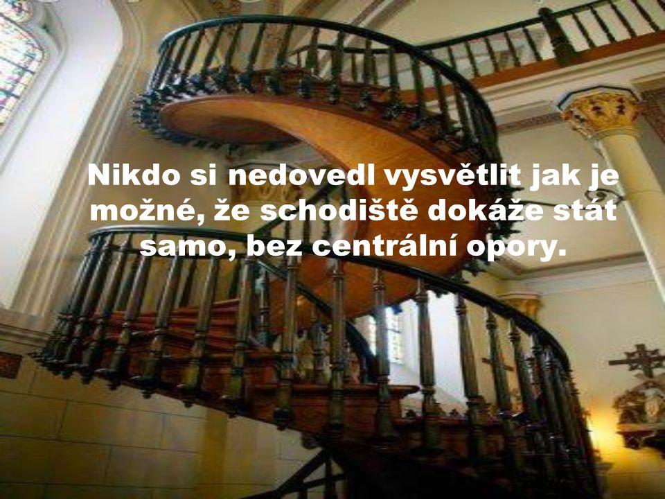 Sám, bez cizí pomoci, zhotovil schodiště, které se považovalo za pýchu truhlářského řemesla.