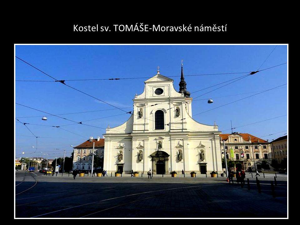 ORIENTAČNÍ MAPA-CENTRA BRNA kde jsou uvedené ulice-třídy a také kostely-označeno bílým křížem na černém podkladu některé kostely nejsou uvedeny na ori
