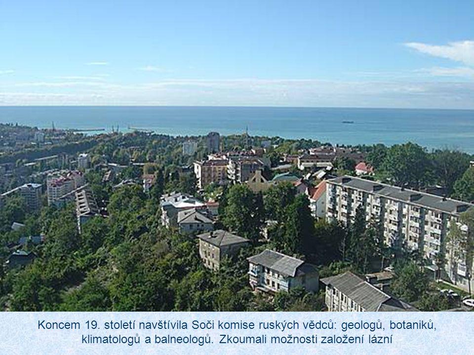 Navzdory podhorské poloze má město velmi příjemné klima. Průměrné letní teploty dosahují 26 až 32 °C. Rekreační oblast je i v zimě teplá (průměr v led