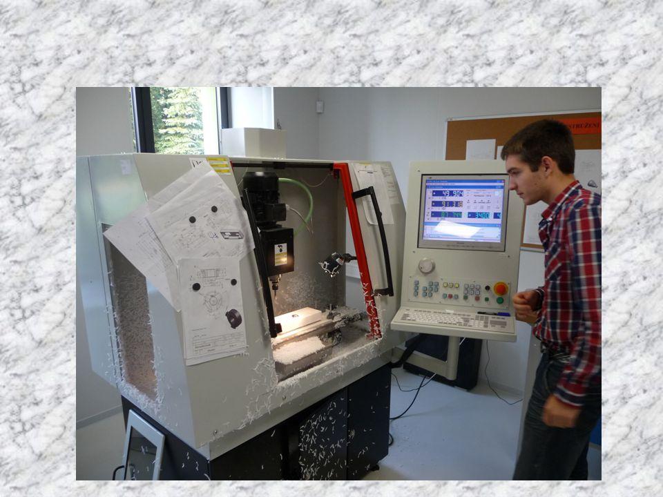Strojírenství lze studovat na SPŠ Ostrov •Obor Strojírenství 23-48-M/01 •Obor Technické lyceum 78-42-M/01 ve 3.