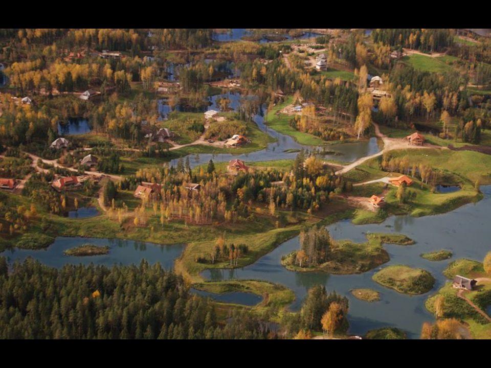 Amantciems najdete 80 km od hlavního města Lotyšska Rigy a 12 km od města Casis (20 ooo obyvatel). V neporušeném a krásném přírodním prostředí vzniklo