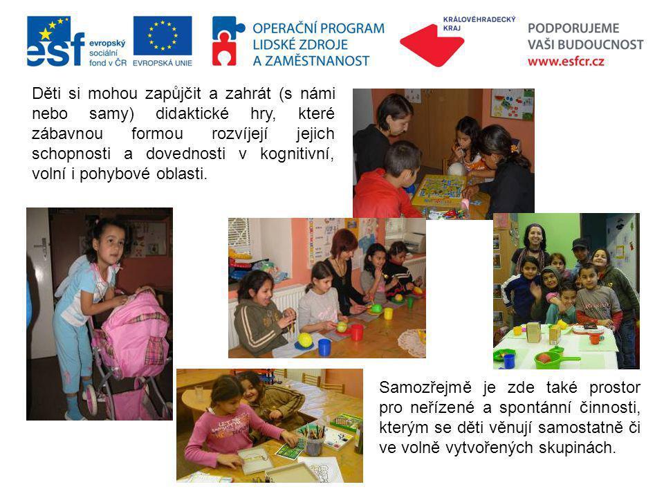 Děti si mohou zapůjčit a zahrát (s námi nebo samy) didaktické hry, které zábavnou formou rozvíjejí jejich schopnosti a dovednosti v kognitivní, volní i pohybové oblasti.