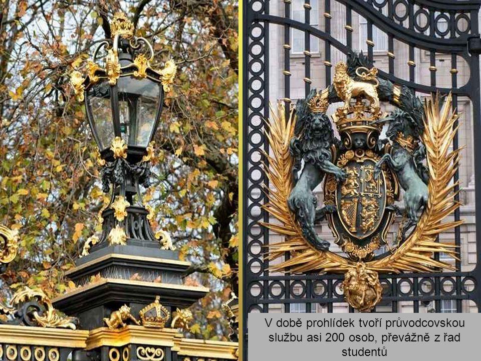 Prostředky ze vstupného jsou používány na rekonstrukci státních komnat Windsorského zámku zničených požárem