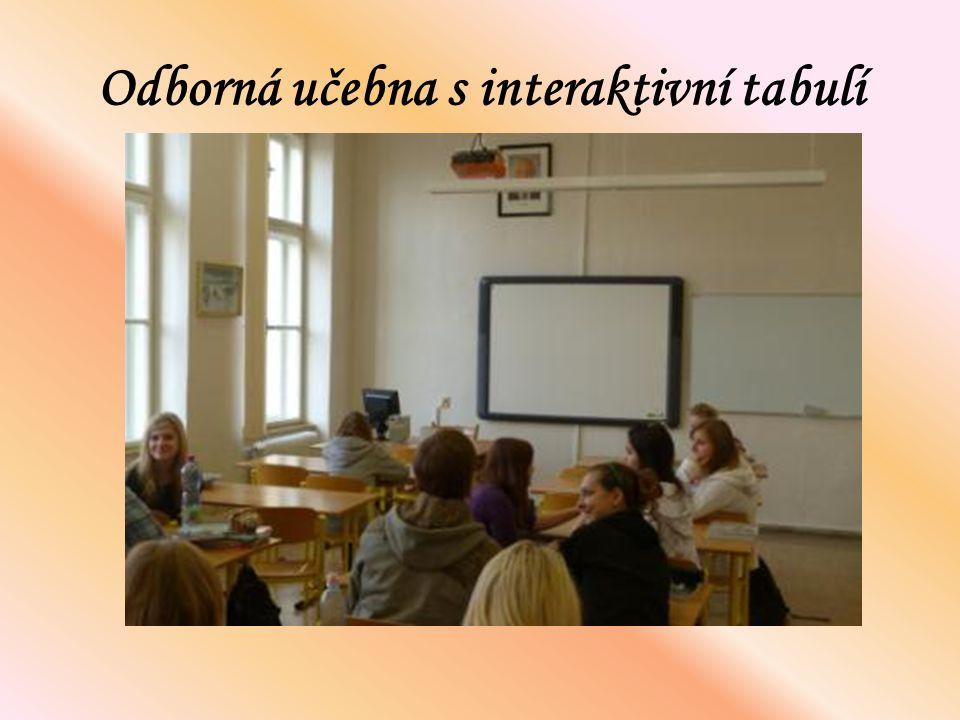 Odborná učebna s interaktivní tabulí