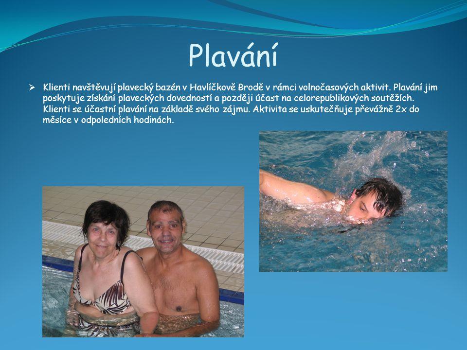 Plavání  Klienti navštěvují plavecký bazén v Havlíčkově Brodě v rámci volnočasových aktivit. Plavání jim poskytuje získání plaveckých dovedností a po