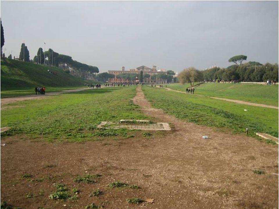 Circus Maximus Cirkus postavený císařem Caligulou Obelisco