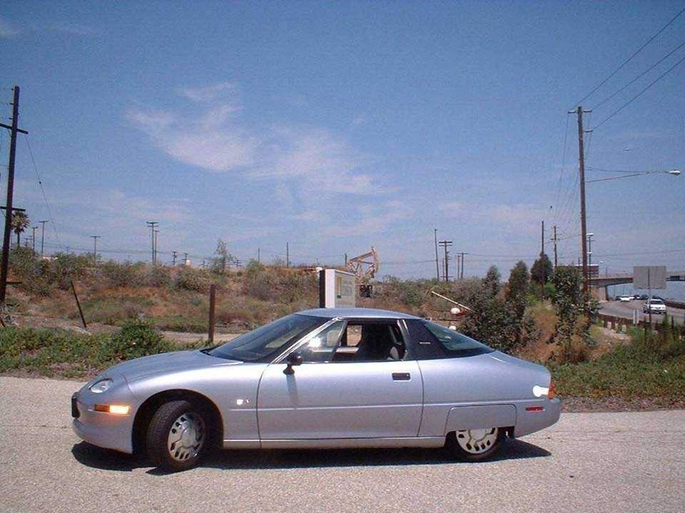 •V roce1996 byl vyroben firmou General Motors v USA první sériový elektromobil, EV1 (Electric V, který jezdil po ulicích Kalifornie. •V roce1996 byl v