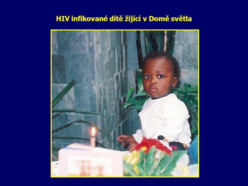 HIV infikované dítě žijící v Domě světla