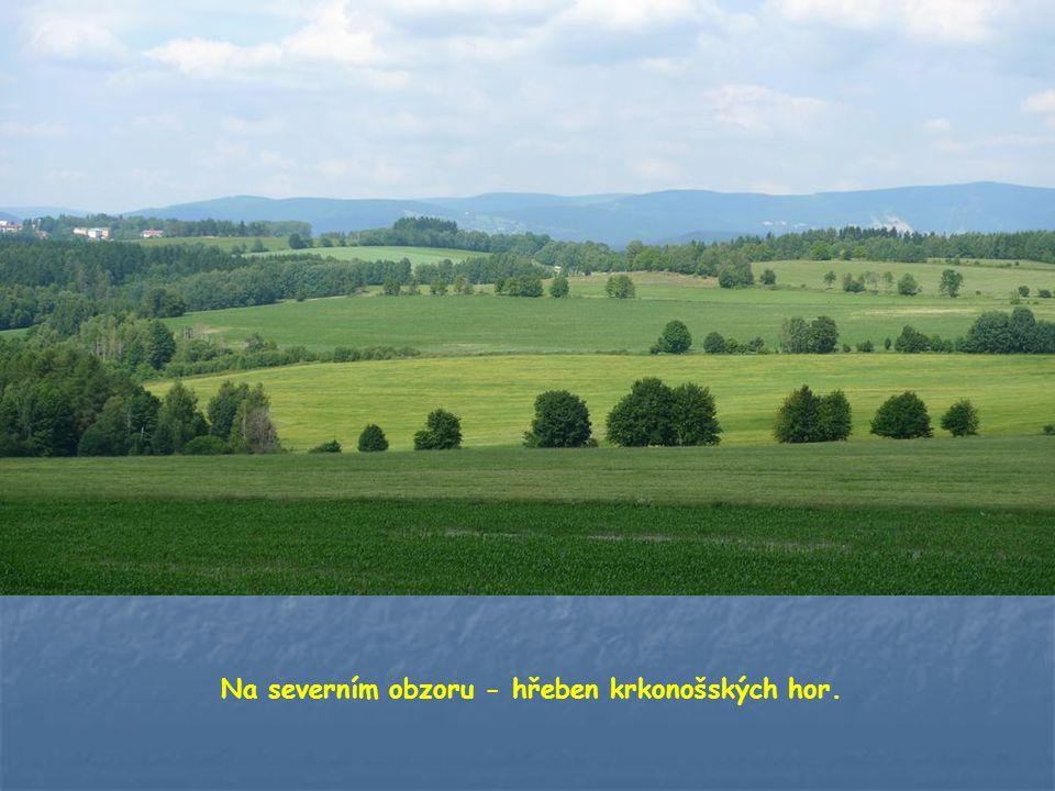 Krásnému rozhledu nebrání v žádném směru žádné stromy…