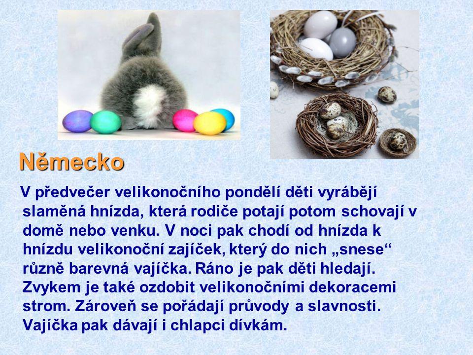 Rusko Rusové oslavují pravoslavné Velikonoce, vajíčka nosí do kostela, kde si je nechají požehnat a pak je konzumují při slavnostním velikonočním oběd