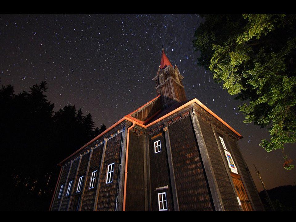 Dřevěný kostelík Panny Marie na Grůni