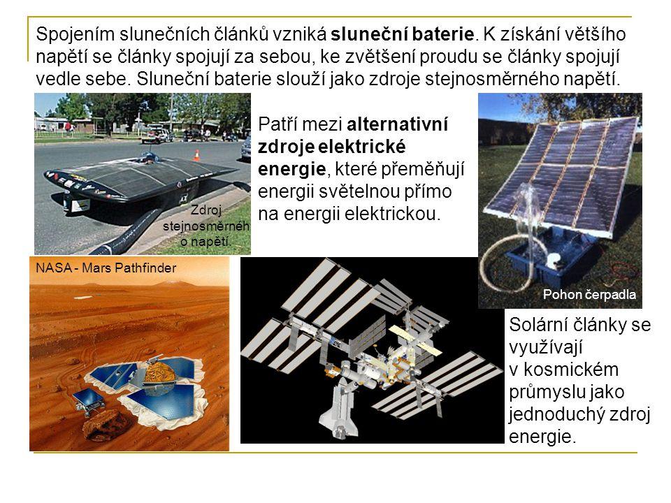 Spojením slunečních článků vzniká sluneční baterie. K získání většího napětí se články spojují za sebou, ke zvětšení proudu se články spojují vedle se