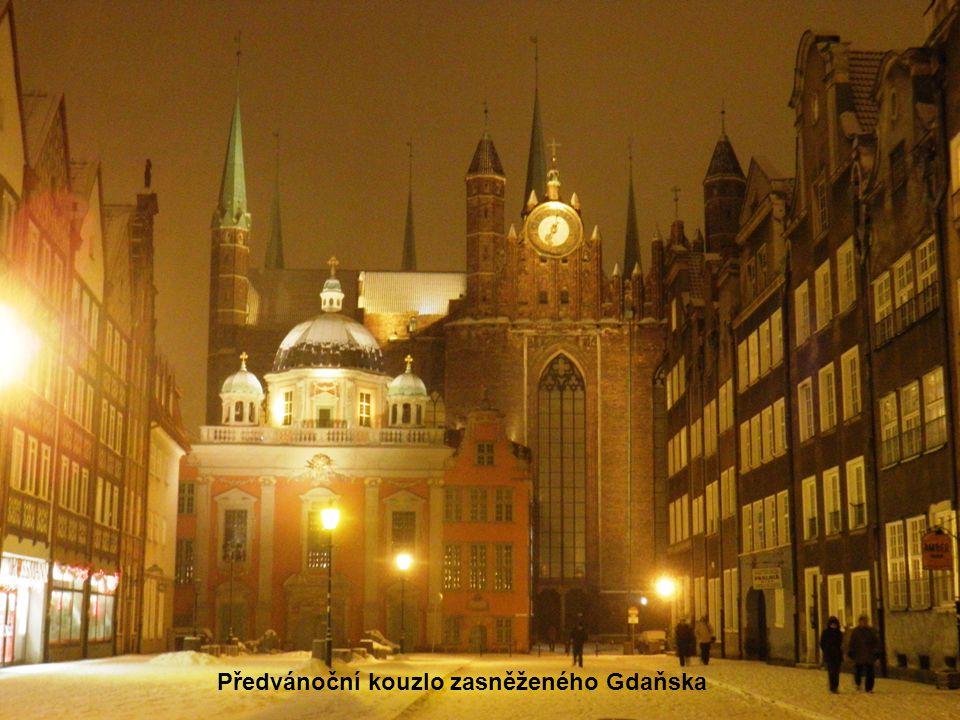 Předvánoční kouzlo zasněženého Gdaňska