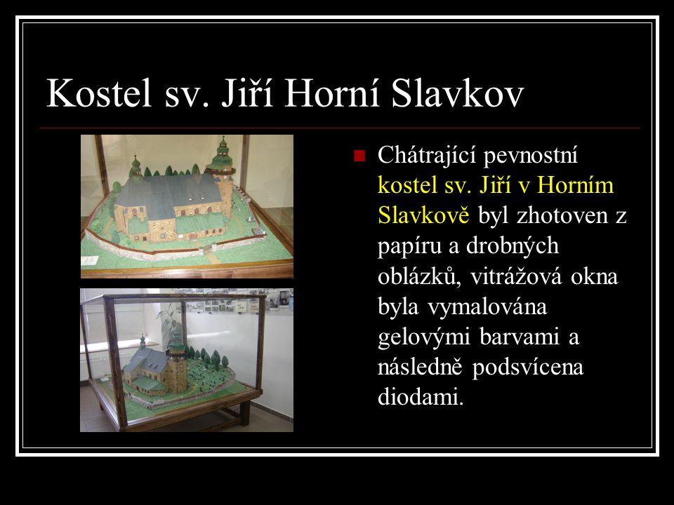 Kostel sv.Jiří Horní Slavkov  Chátrající pevnostní kostel sv.