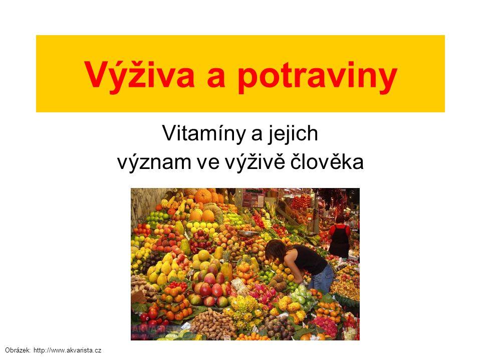 Vitamíny Vitamín (někdy také vitamin) je látka, která spolu s bílkovinami, tuky a sacharidy patří k základním složkám lidské potravy.