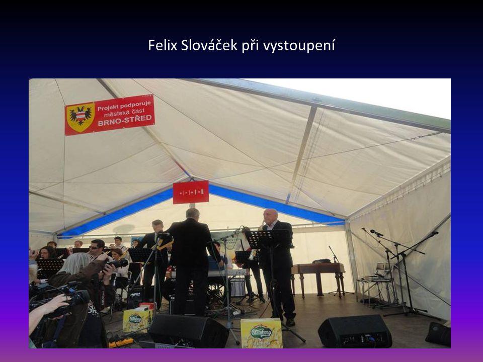 Vladimír Koudelka v rozhovoru s Felixem Slováčkem před jeho vystoupením
