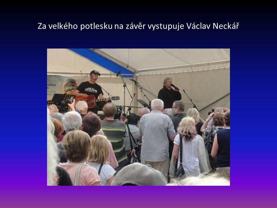 Václav Neckář před vystoupením foto Mgr. Pavel Kulička