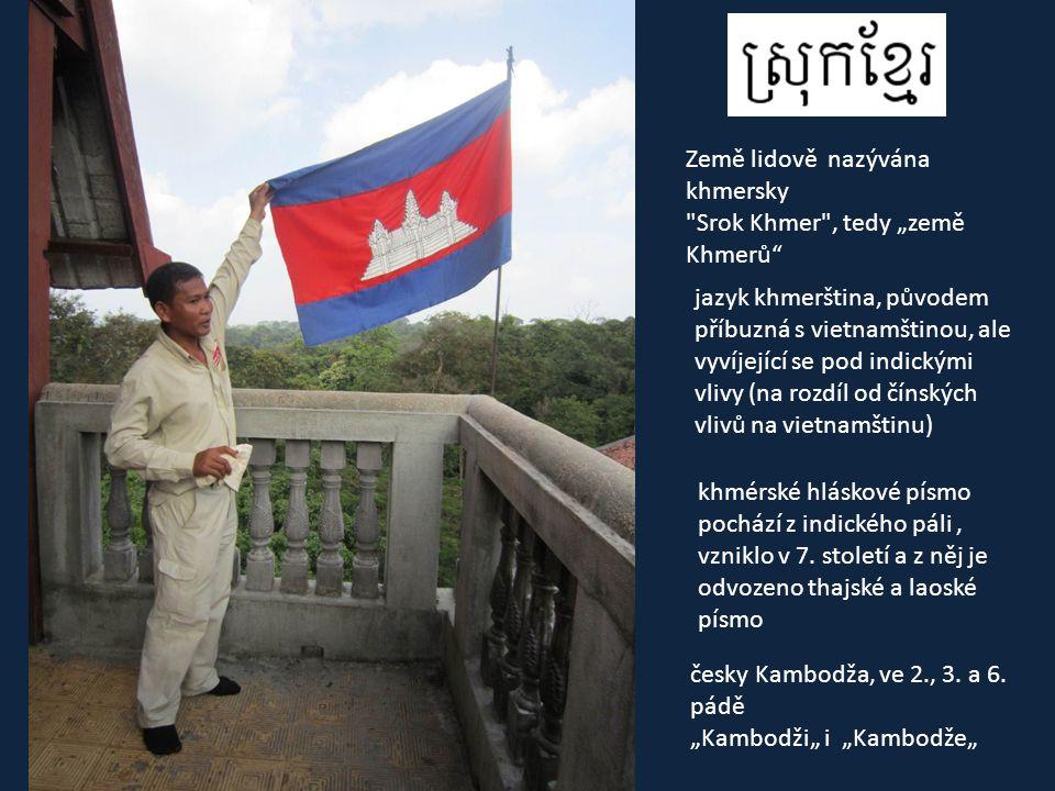 """• 181 000 km 2 • (tedy více než 2x větší než Česko) • 15 mil obyvatel • 96% buddhistů (theravádový buddhismus) • 56% Khmerů, 30% Vietmanců (zčásti asimilovaní mluvící khmersky), 9% Číňanů, 3% """"horské kmeny Khmer Loeau"""