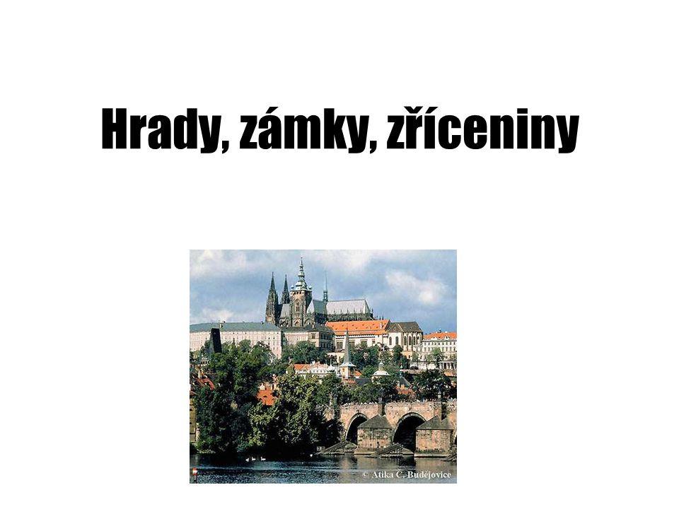 Zámek Hluboká nad Vltavou •Romantický gotický zámek vznikl přestavbou z hradu, neogotický (anglický styl).
