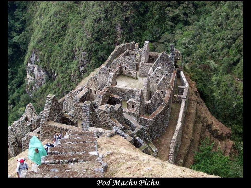 Pohled z Machu Pichu