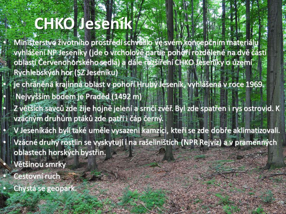 • Ministerstvo životního prostředí schválilo ve svém koncepčním materiálu vyhlášení NP Jeseníky (jde o vrcholové partie pohoří rozdělené na dvě části