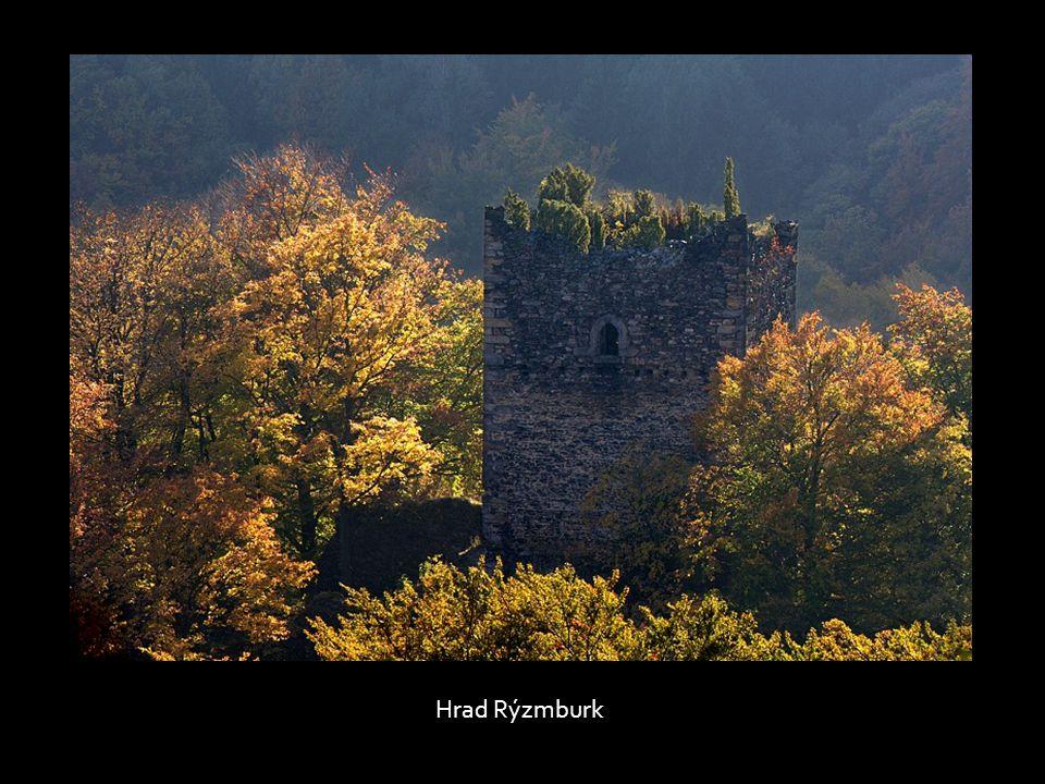 Palácová věž hradu Rýzmburku