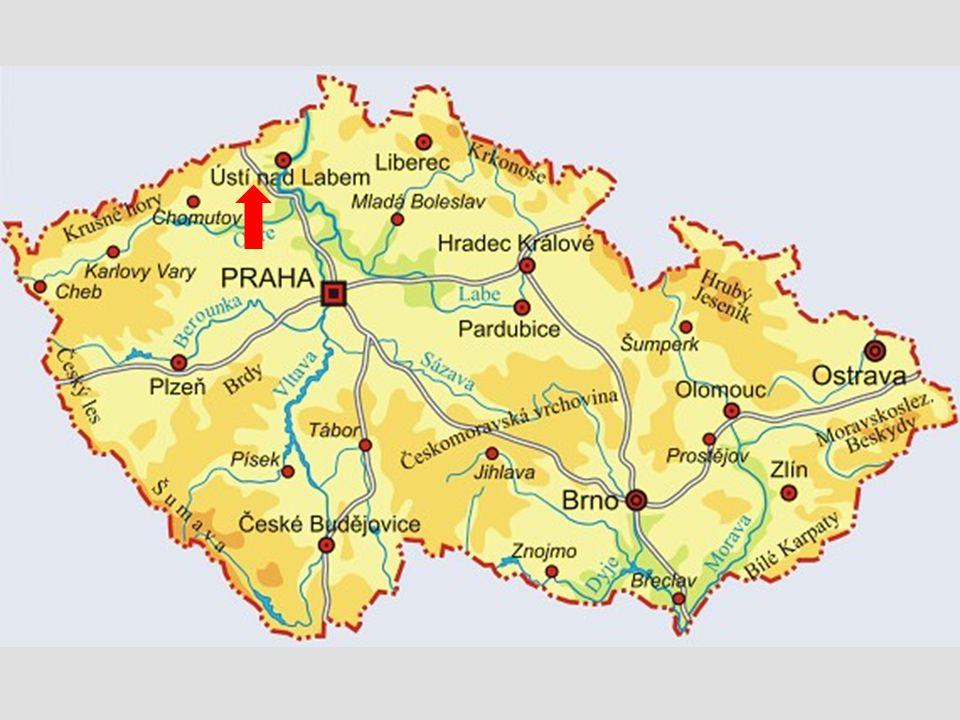 Hora Bořeň je skalnatý suk.Nachází se jižně od Bíliny v Českém středohoří.